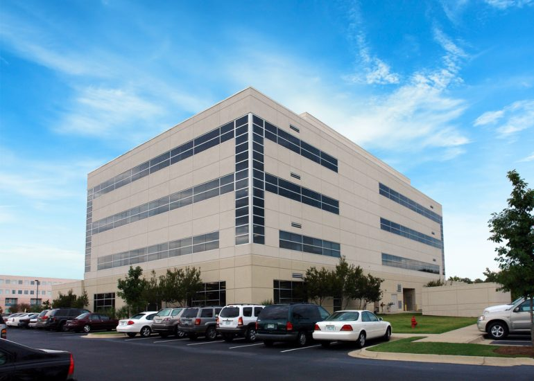 Featured image for Mission Capital Advisors Marketing Prime Medical Office Property  in Flowood, MS