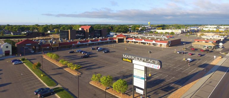 Featured image for Mission Capital Advisors Marketing 121,406 S.F.  Retail/Office Property in Minnesota